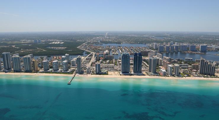 St Tropez Condominiums Sunny Isles Beach Fl